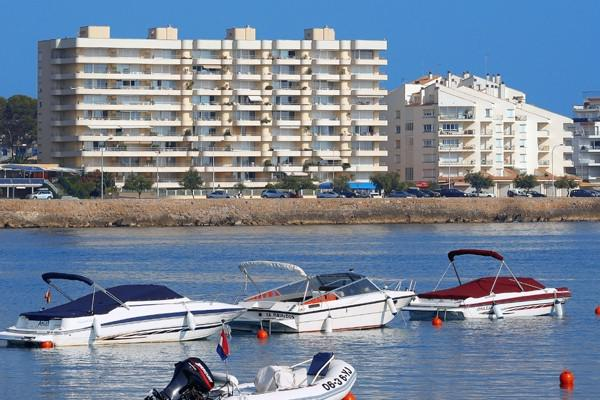 Apartment -                                       Phenicia -                                       2 bedrooms -                                       4 persons