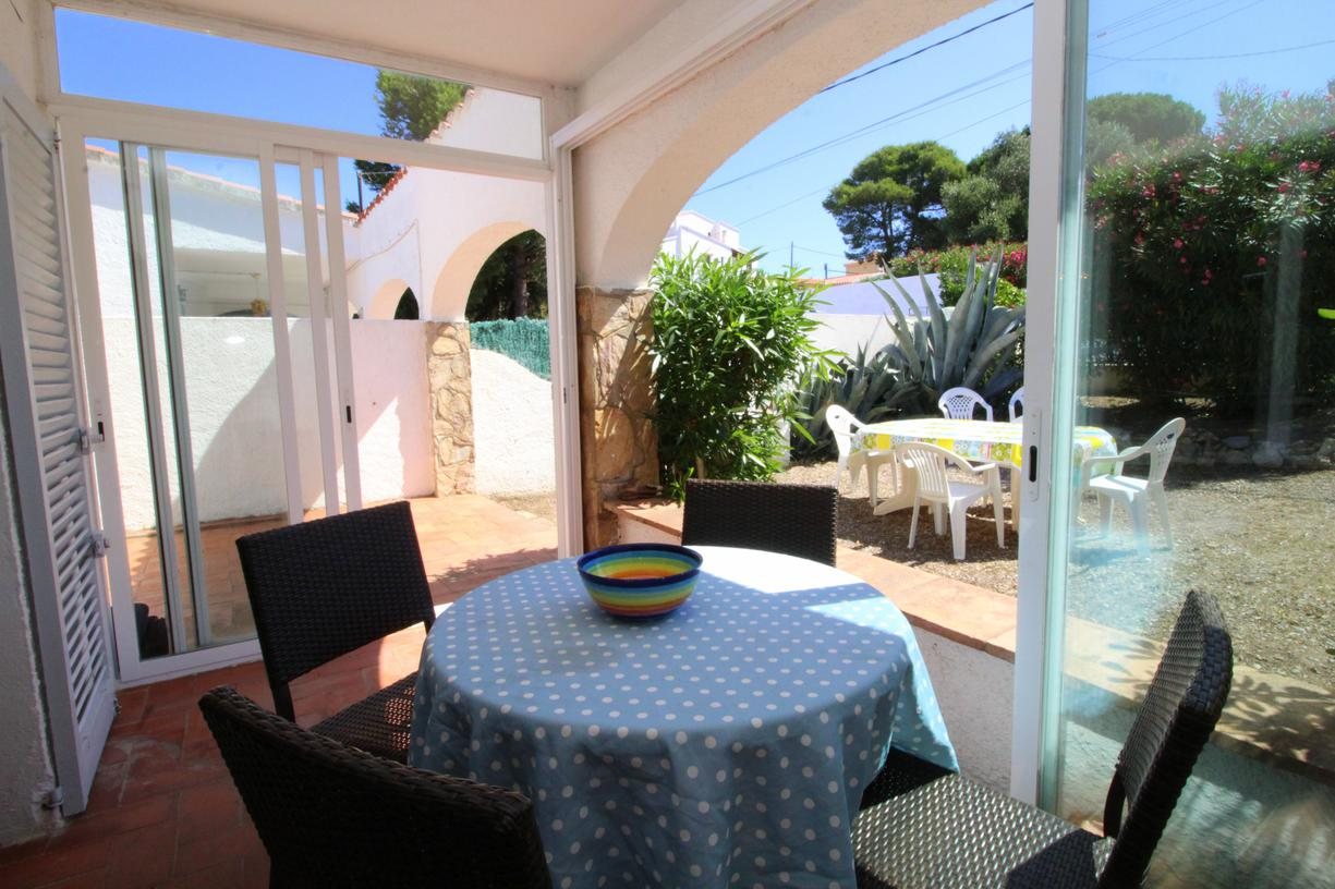 House -                                       Casa -                                       3 bedrooms -                                       6 persons