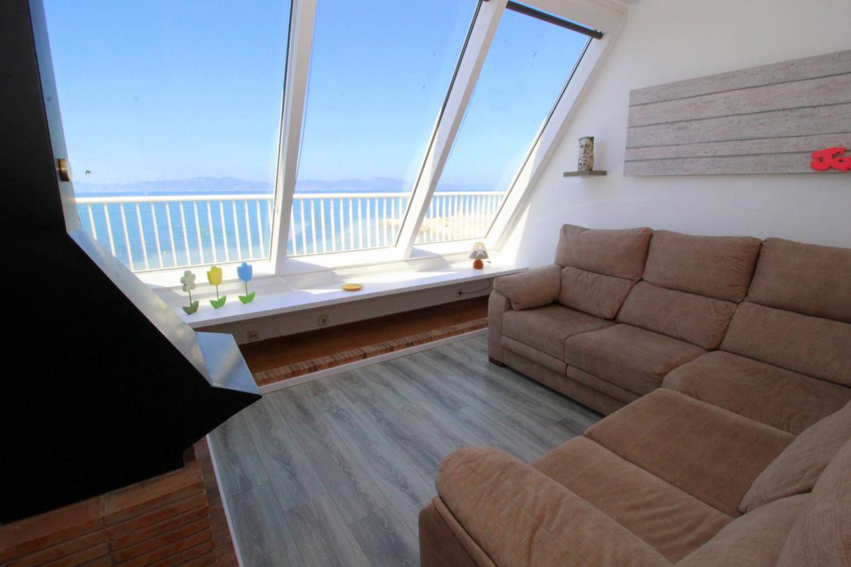 Apartment -                                       El Cargol -                                       3 bedrooms -                                       5 persons