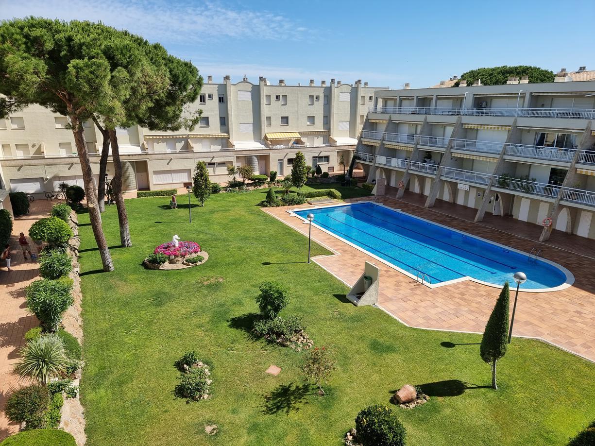 Apartment -                                       Els Pins -                                       2 bedrooms -                                       4/6 persons