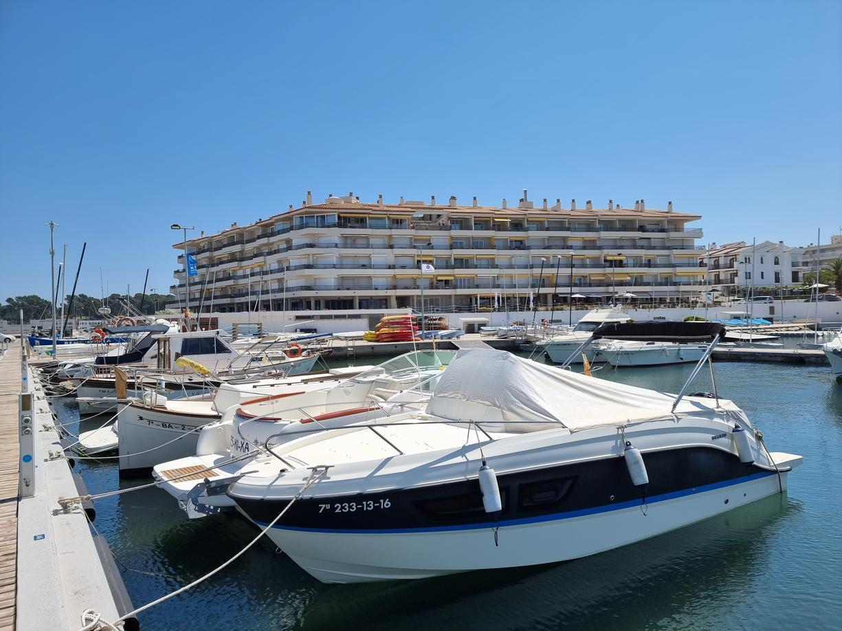 Apartment -                                       Port Escala -                                       1 bedrooms -                                       2/4 persons